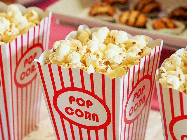 Popcorn v kelímku