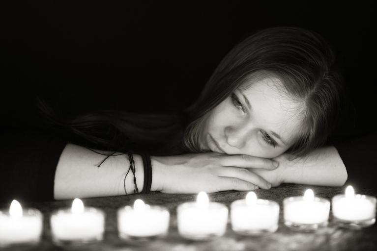Žena u svíček
