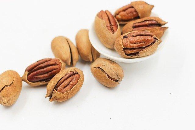 ořechy i se skořápkou